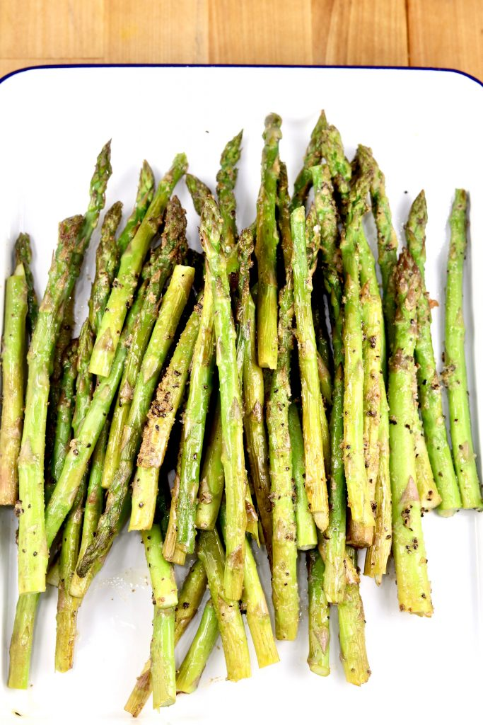 Garlic butter grilled asparagus