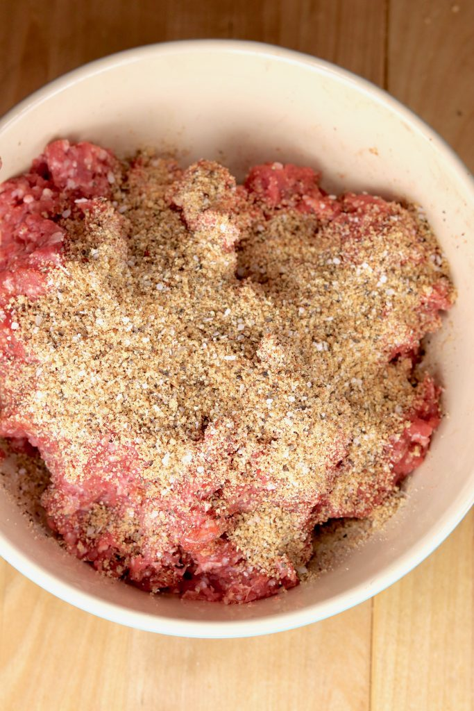 Ground beef and steak rub seasonings for grilled burgers