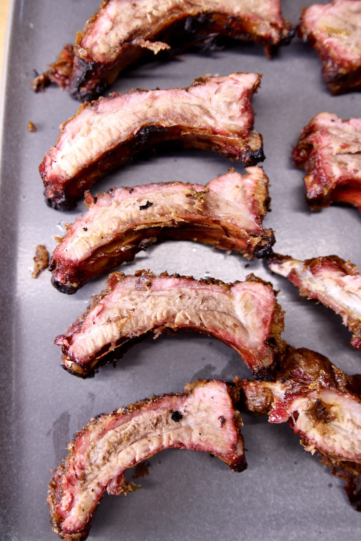 platter of sliced ribs