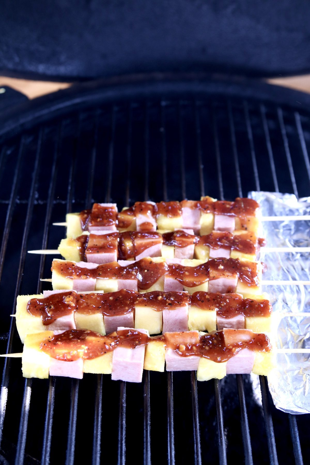 grill with bbq kabobs