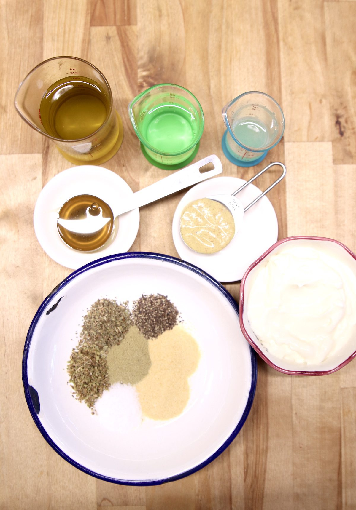 ingredients for creamy Italian sauce