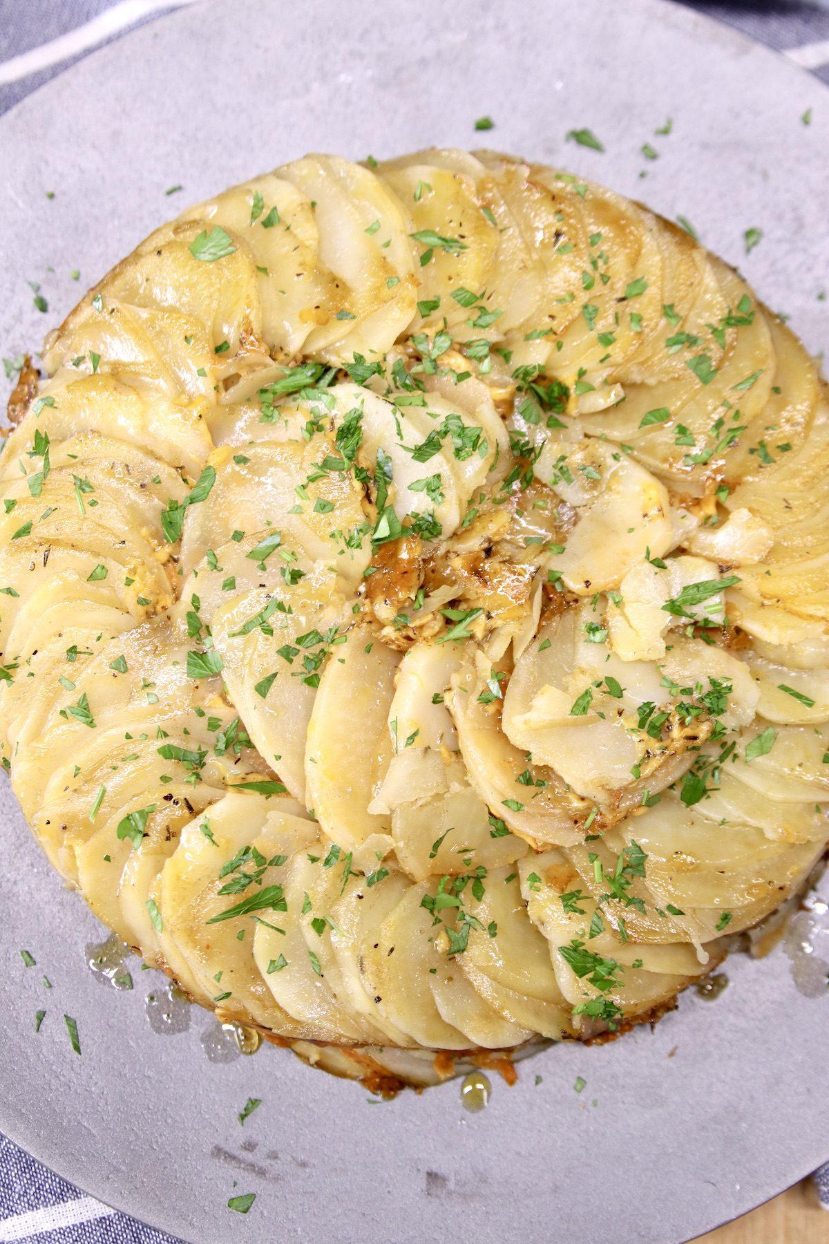 platter of potatoes au gratin